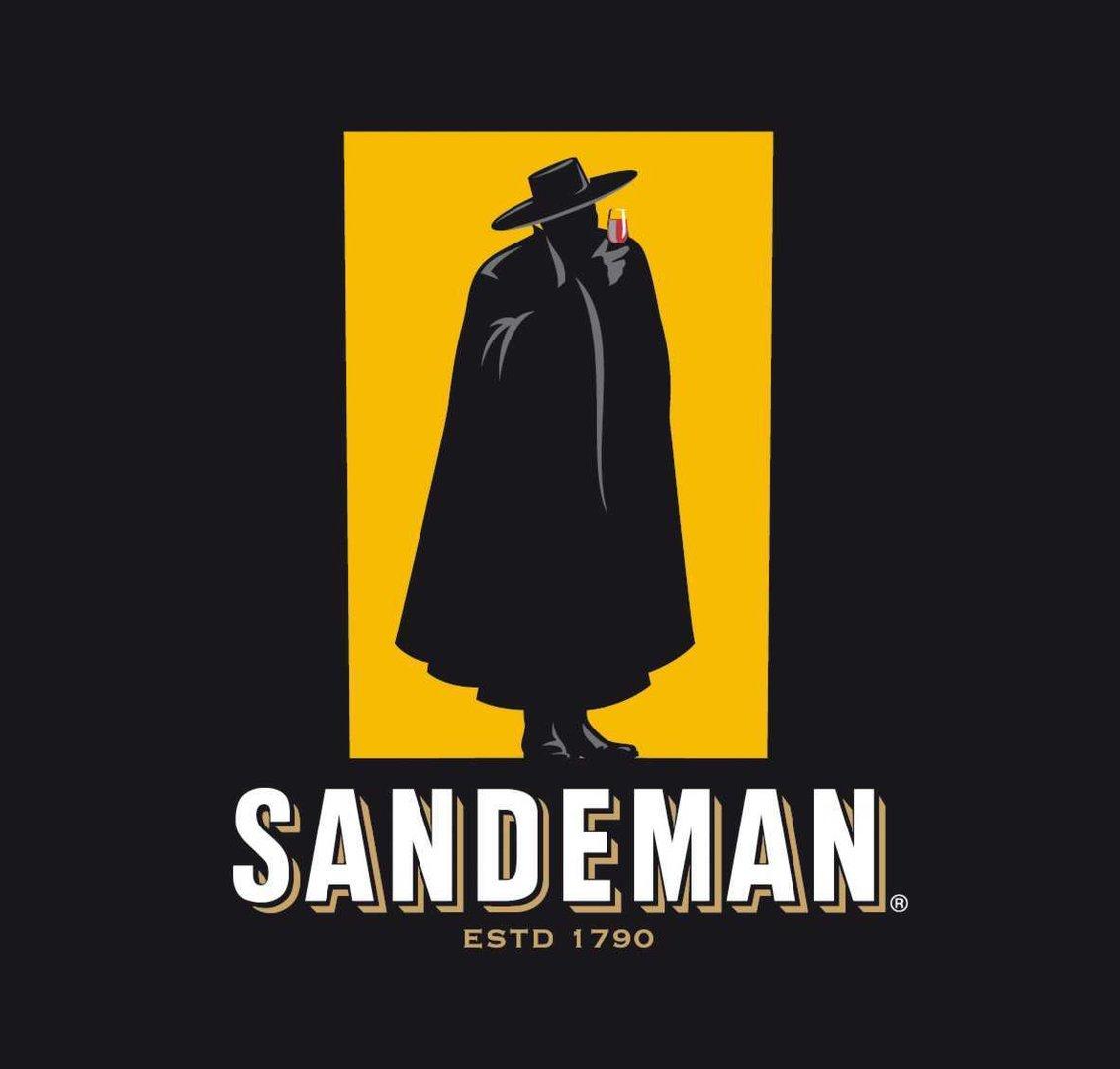 sandeman medium dry sherry 075 l beowein